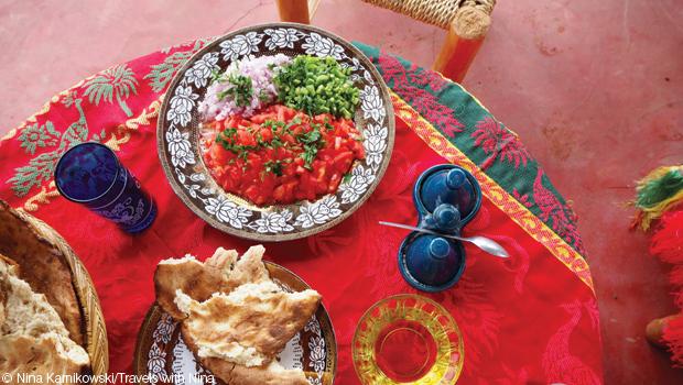 signature-vol21-carol-prior-by-prior-arrangement-food