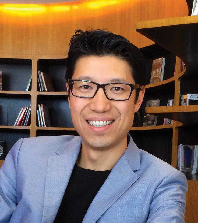 Steve Hui Points Whisperer iFLYflat