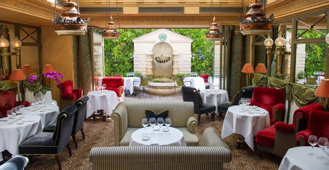 L'Hotel Paris dining