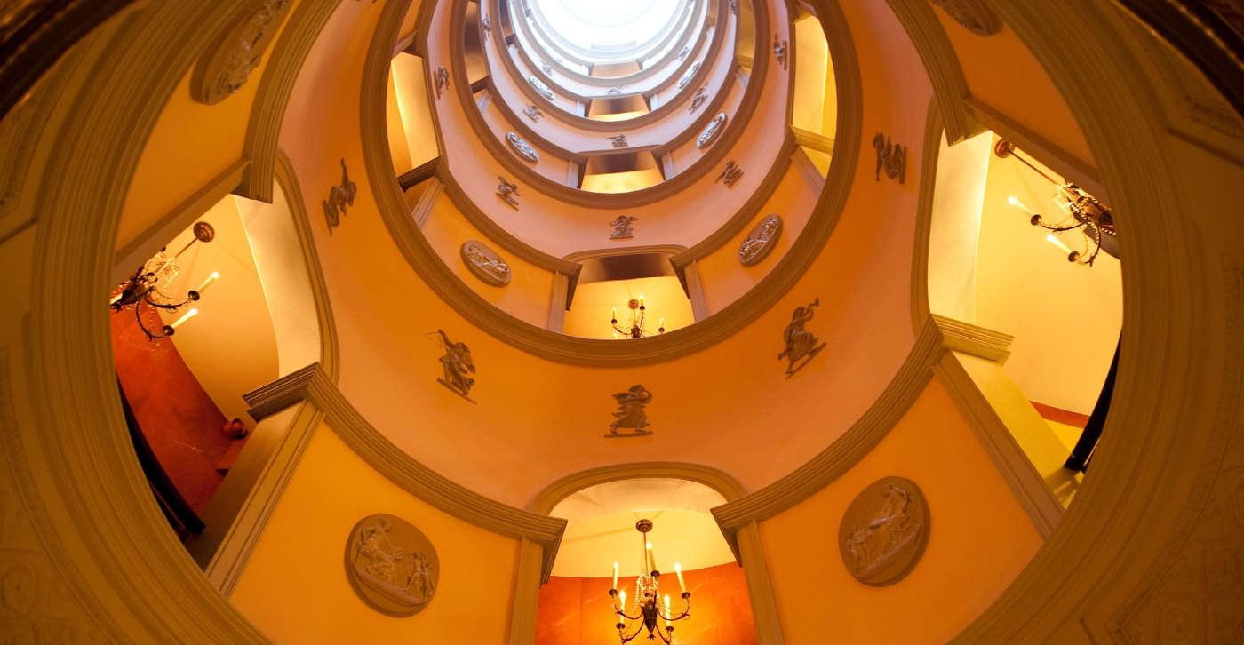 L'Hotel Paris stairs