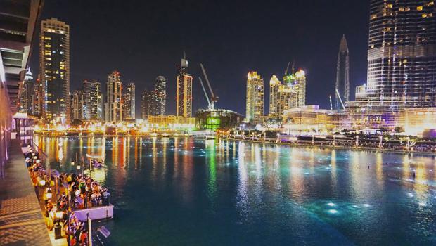 3.-Dubai-Fountain-Pre-Show