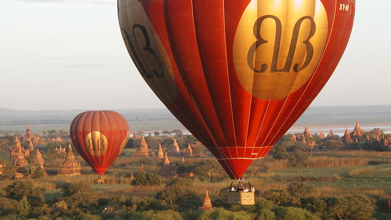 Balloons-over-Bagan,-Myanmar