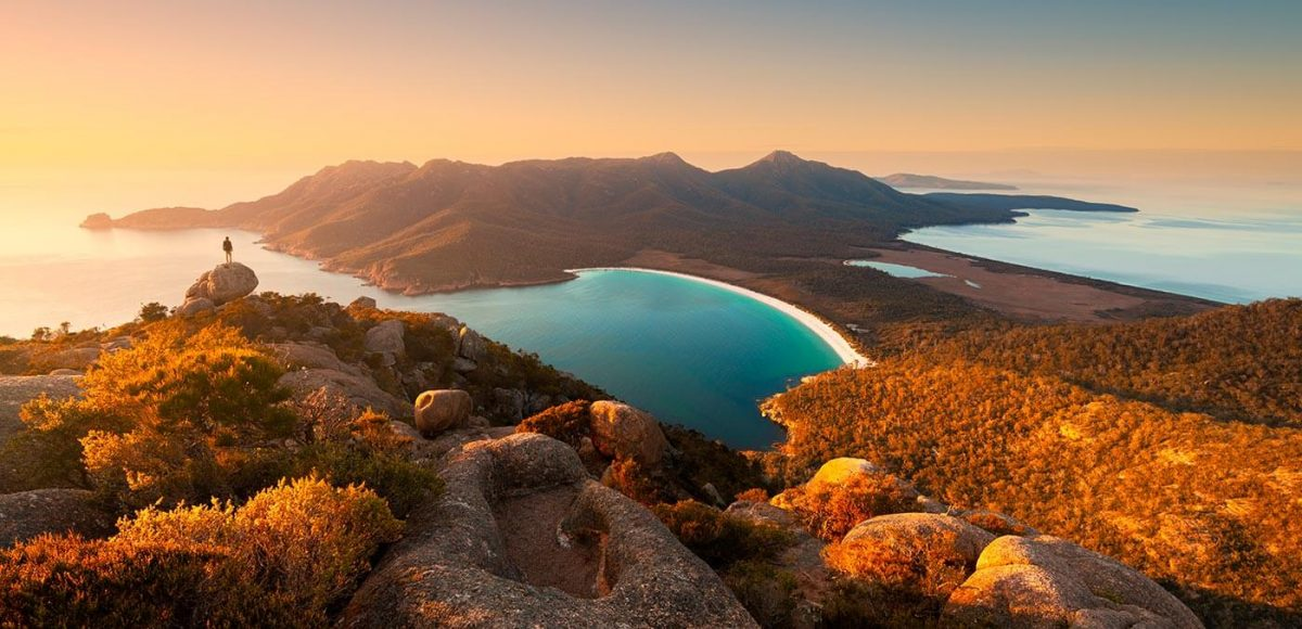 Sunrise at Wineglass Bay Circuit