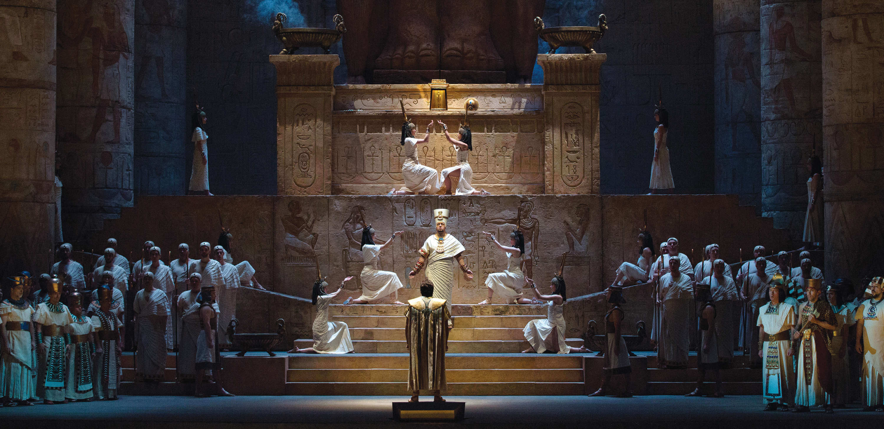 A scene from Verdi's Aida, Photo Marty Sohl & Met Opera