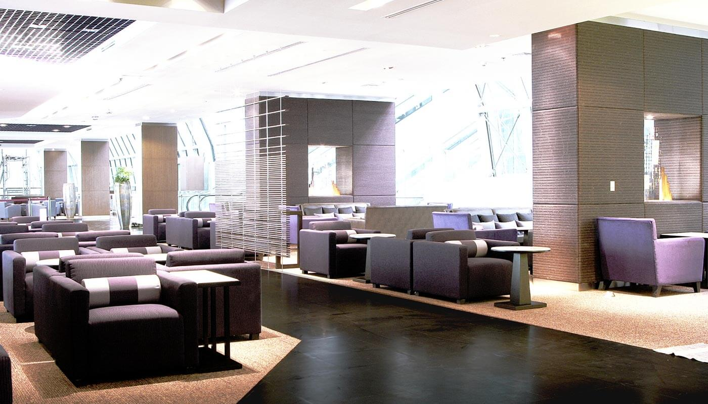 Royal Silk Lounge with Thai Airways