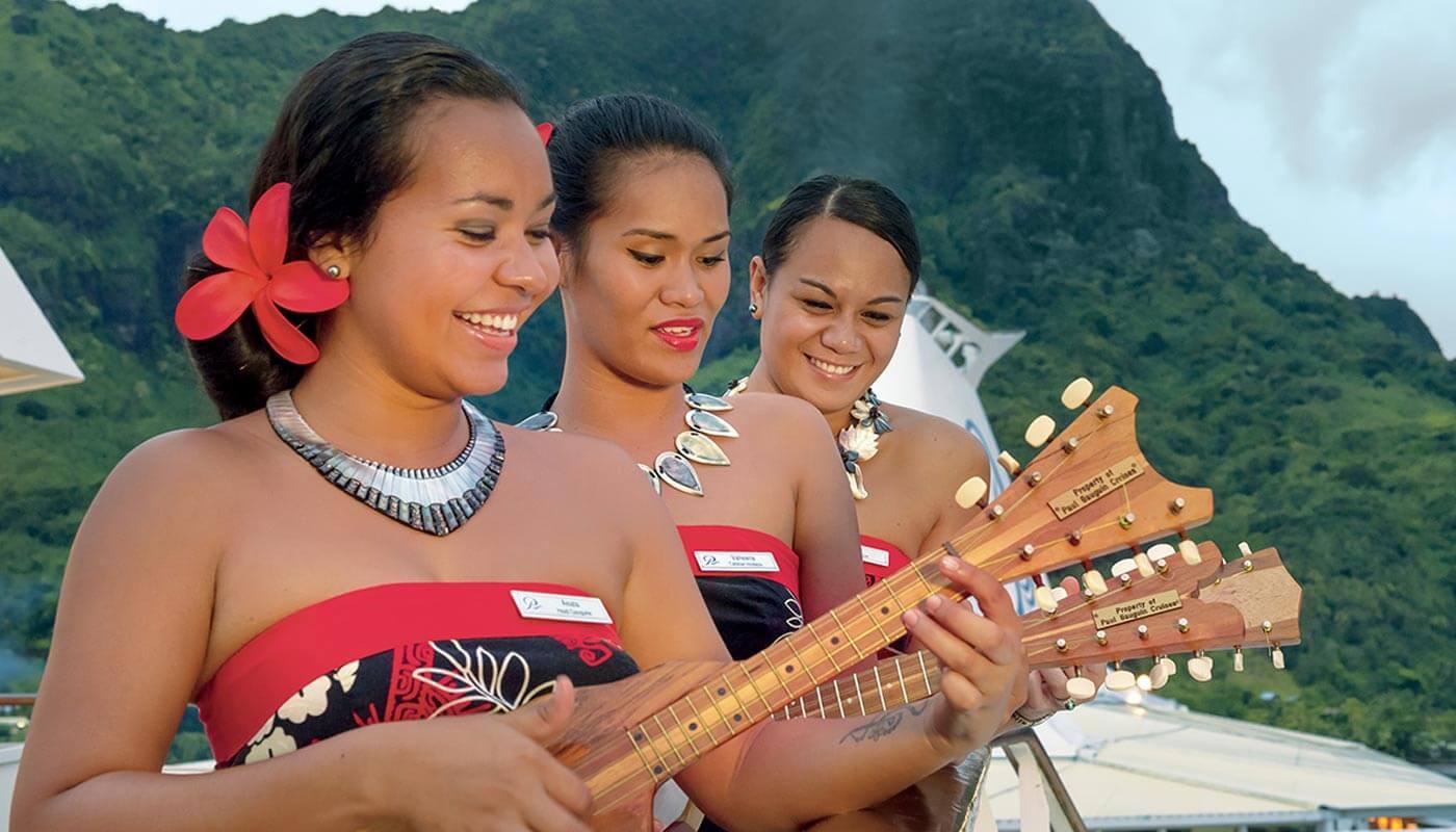 Paul Gauguin Cruises welcoming