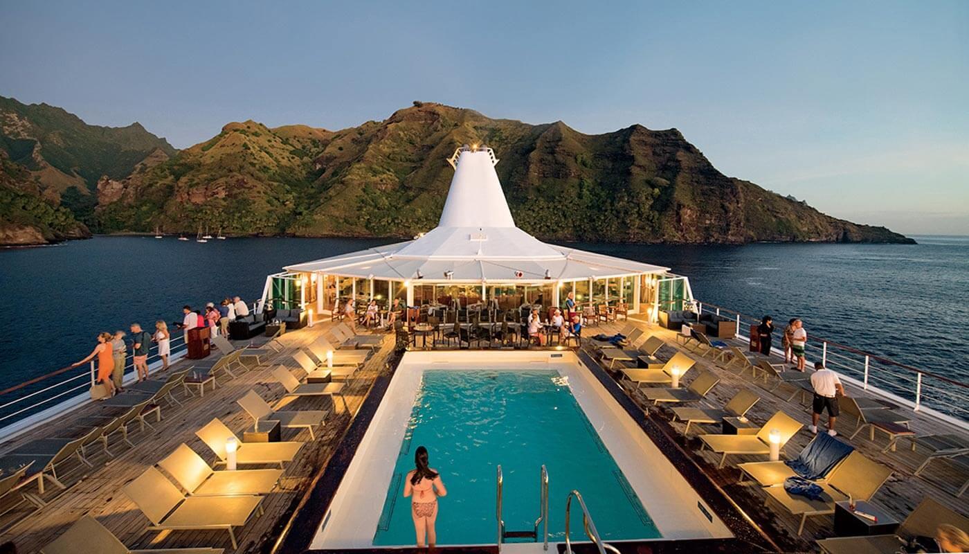m/s Paul Gauguin pool deck