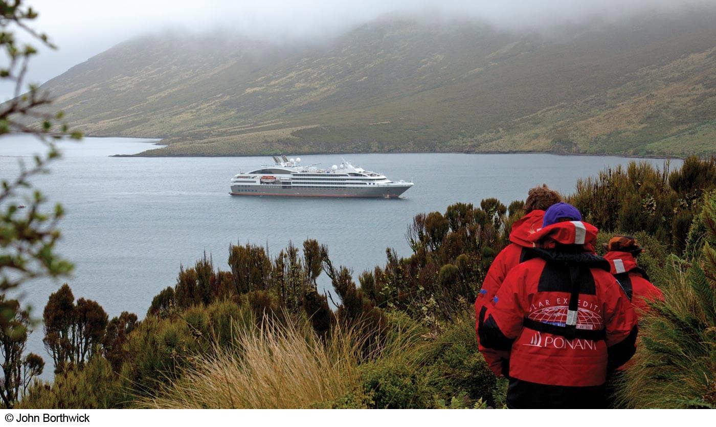 Southern Ocean hiking