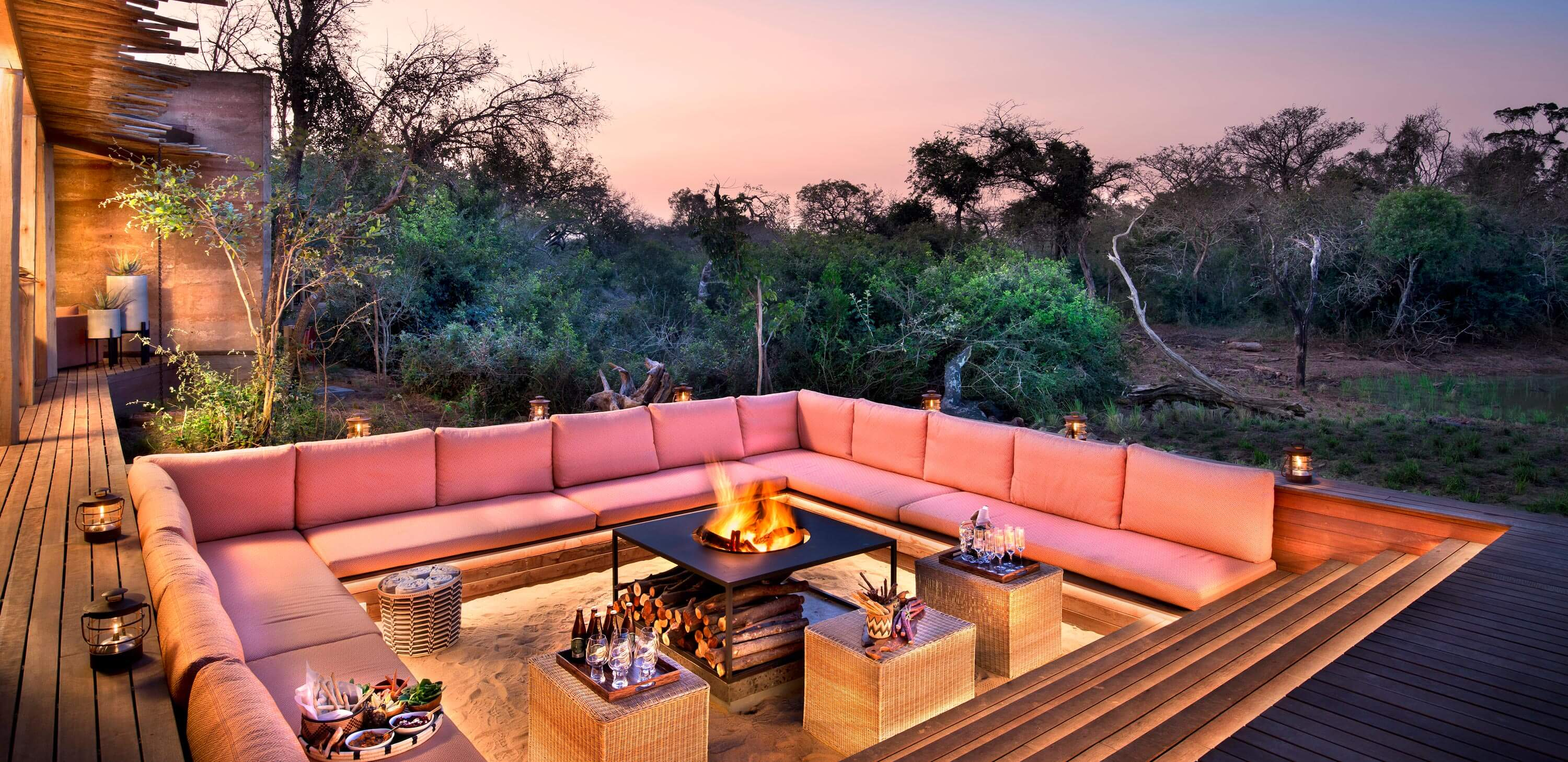 andBeyond Phinda Homestead - Fire pit and sunken lounge