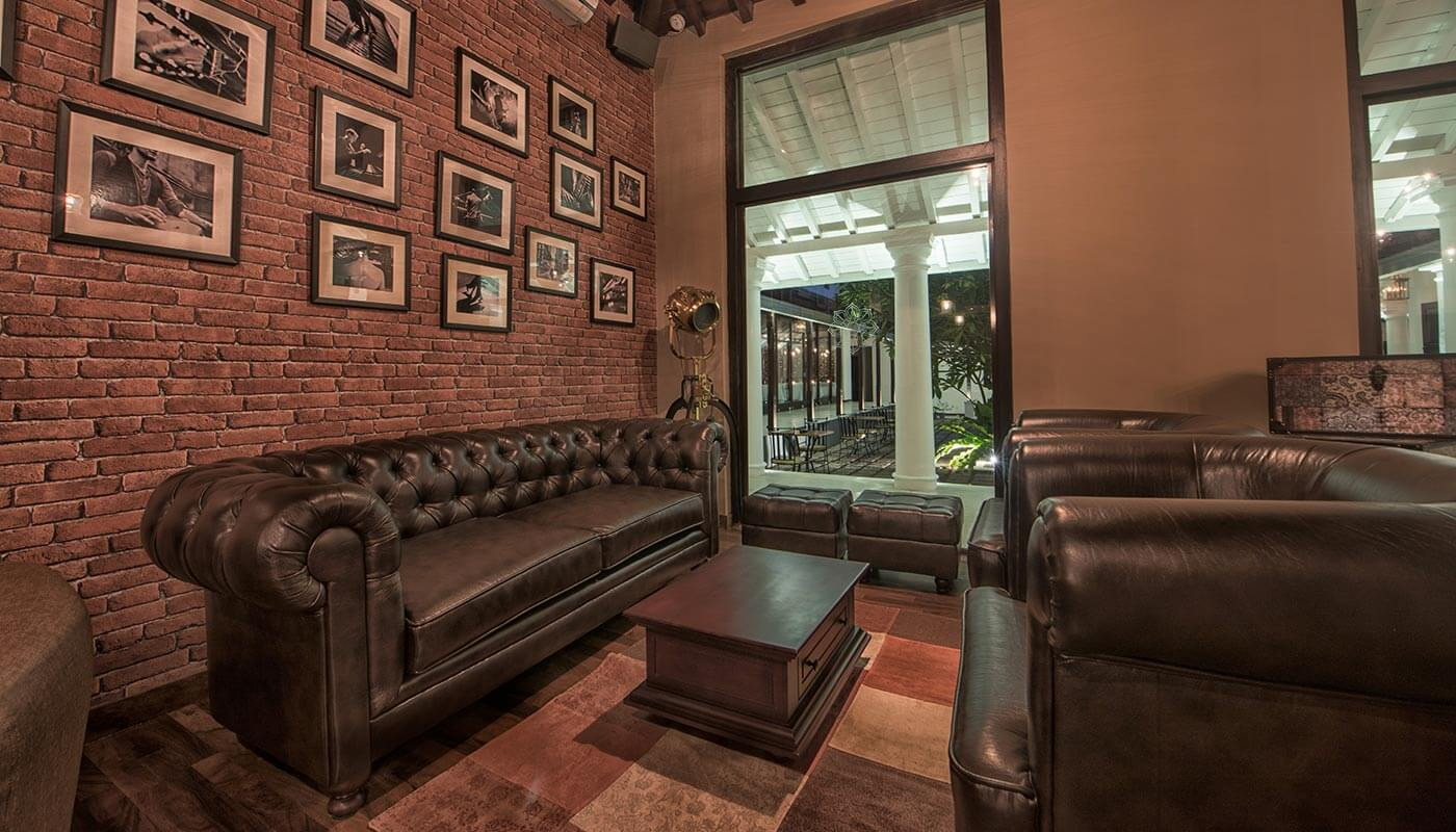 The lounge room at the Residence by Uga Escsape