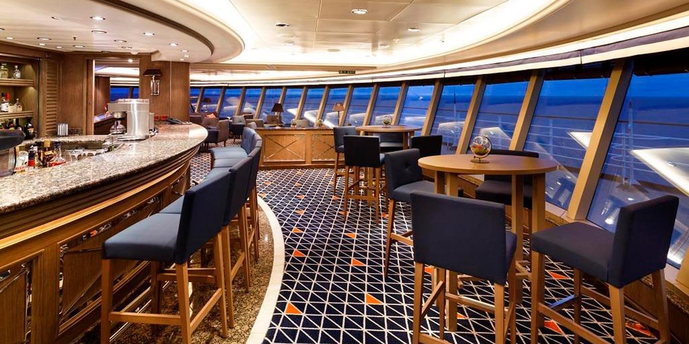Bar on board a Silversea ship