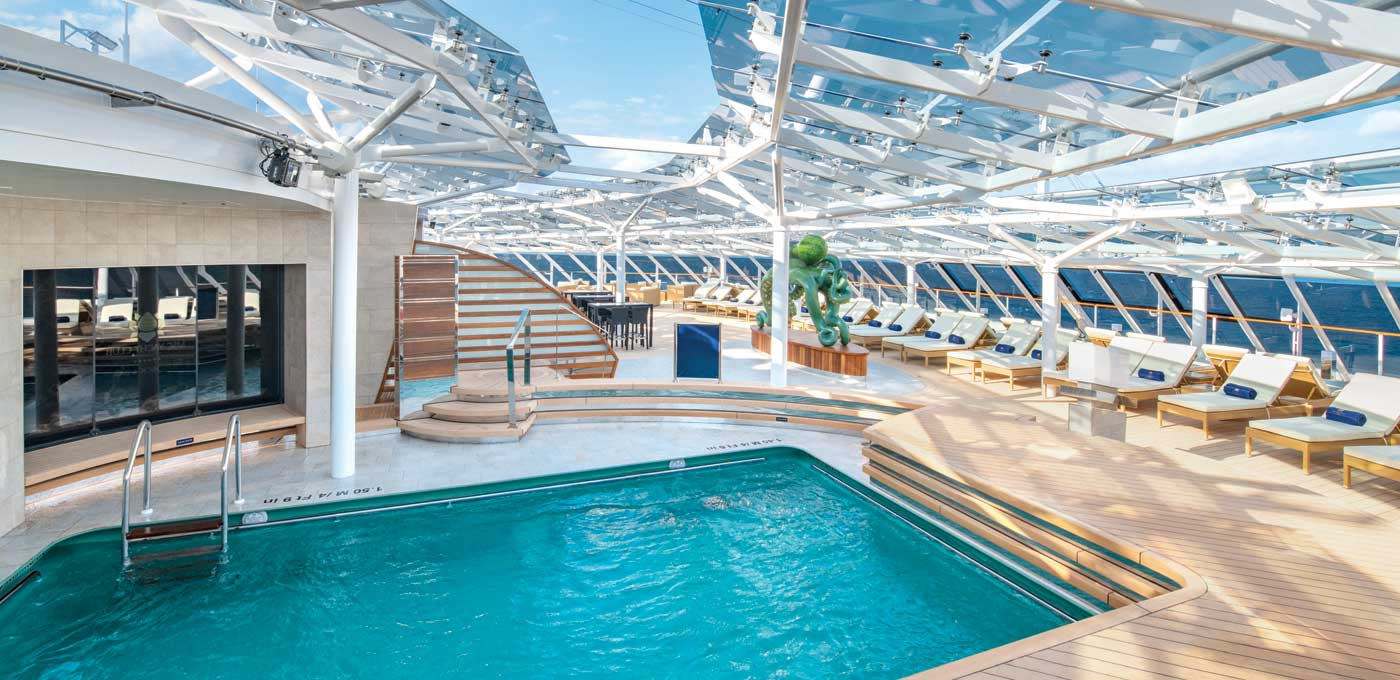 MSC Yacht Club pool aboard MSC Bellissima © Ivan Sarfatti/MSC Cruises
