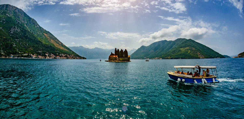 Regent Seven Seas' mussel tasting tour by speedboat in Montenegro