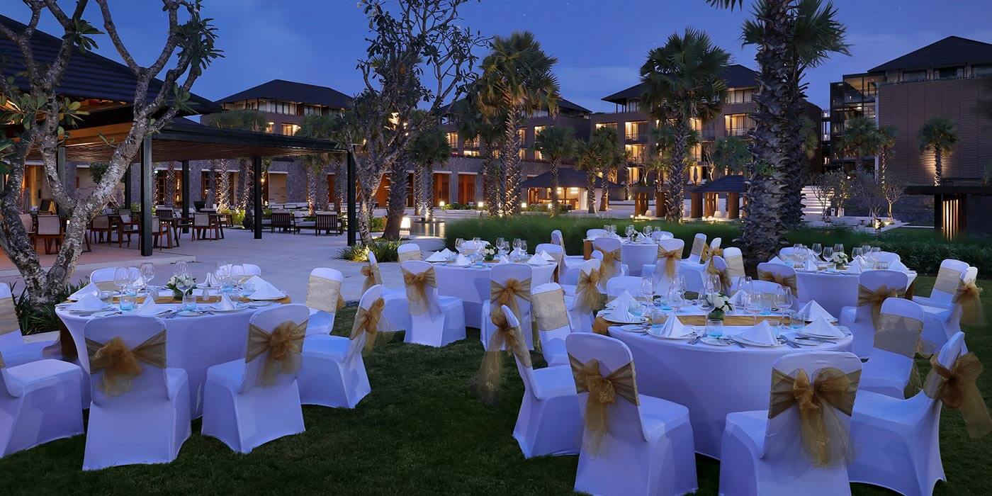 Dinner set up at Choka Garden, Radisson Blu Bali Uluwatu