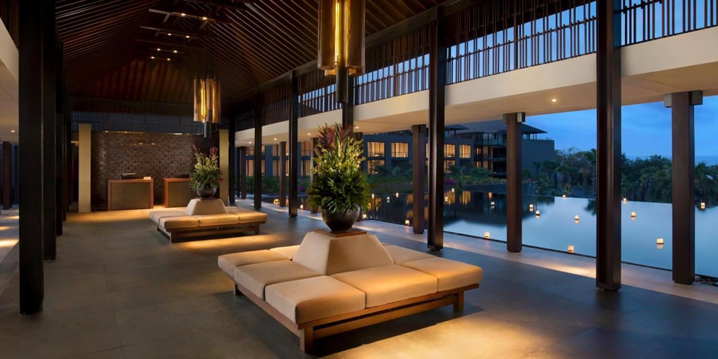 Lobby at Radisson Blu Bali Uluwatu
