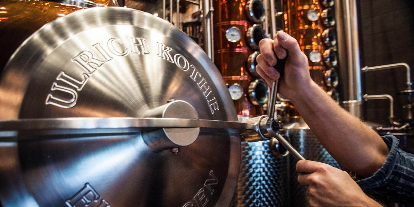 Still open hands at Park Distillery