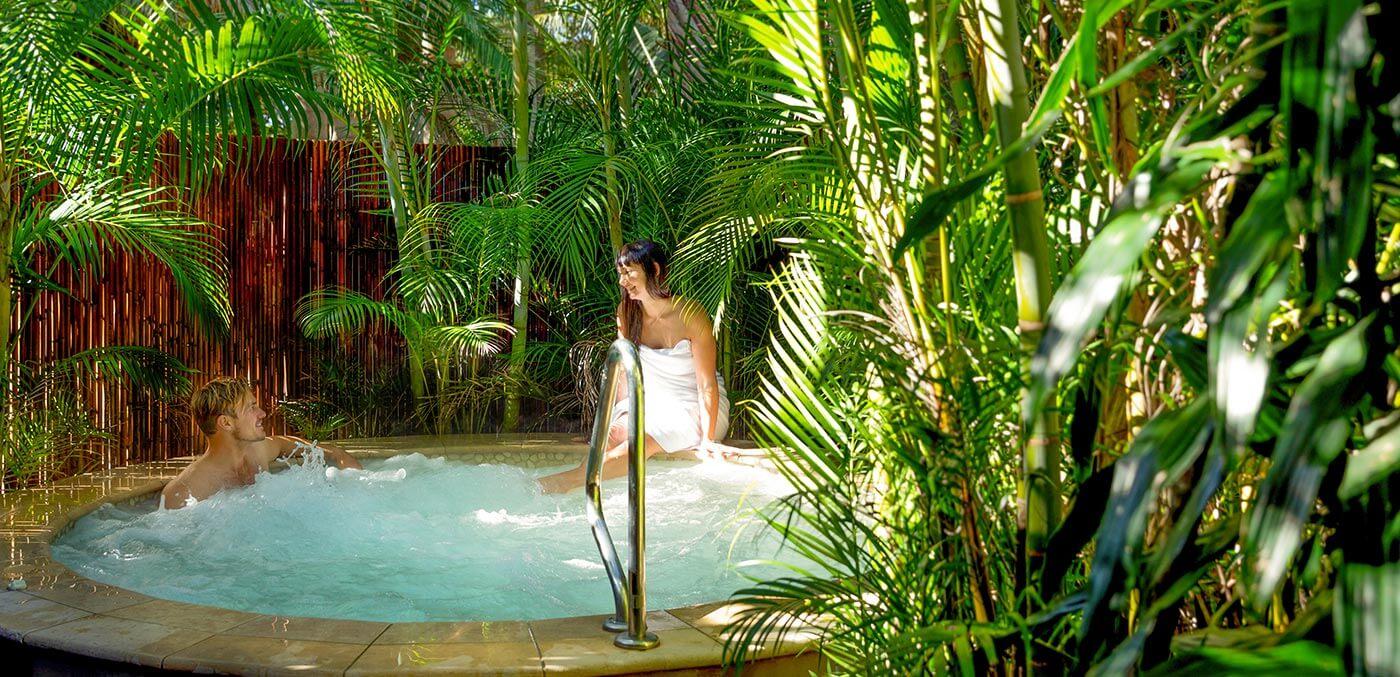 Hot tub at Gaia Retreat & Spa