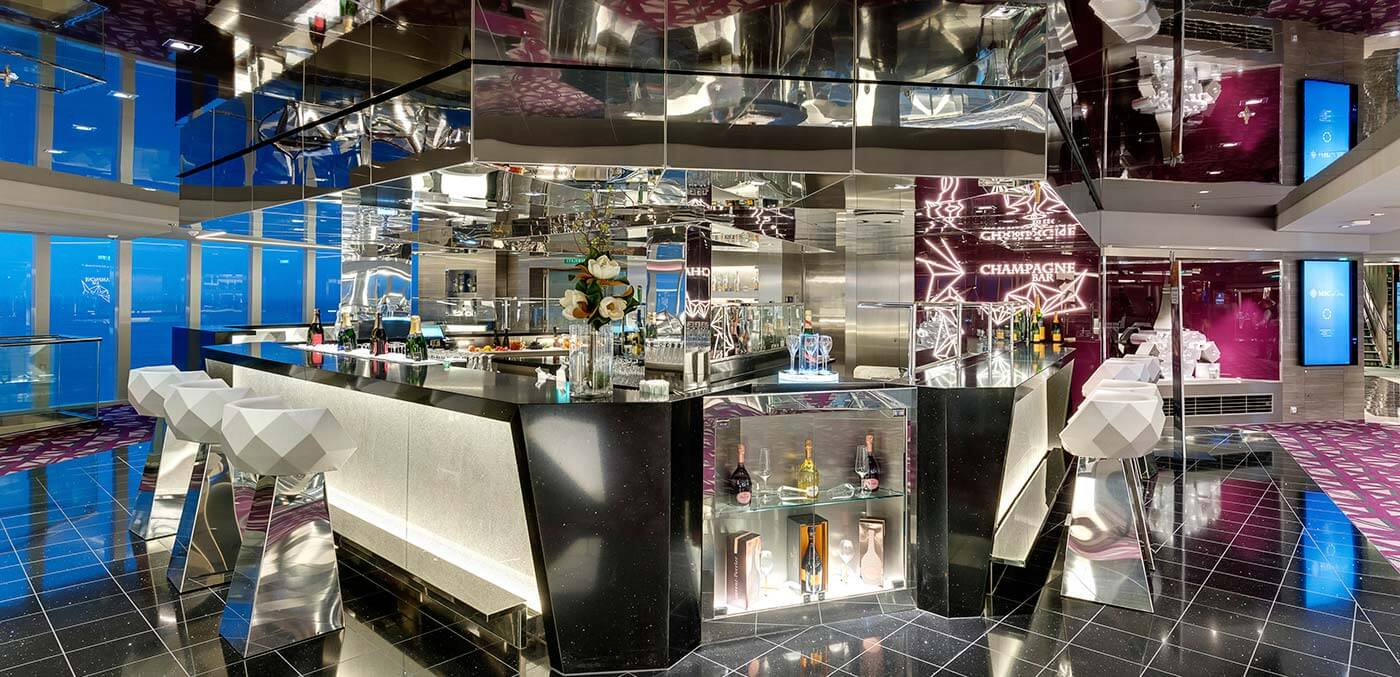 Bar onboard MSC Grandiosa