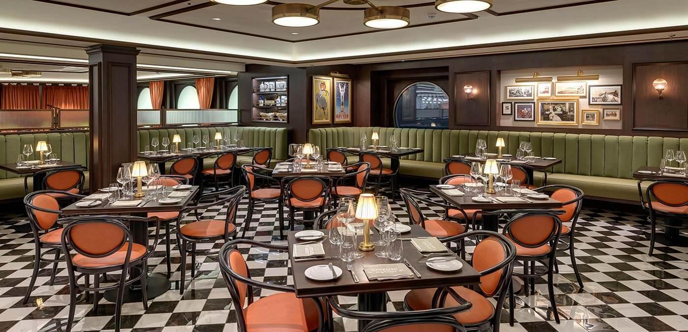 Restaurant onboard MSC Grandiosa