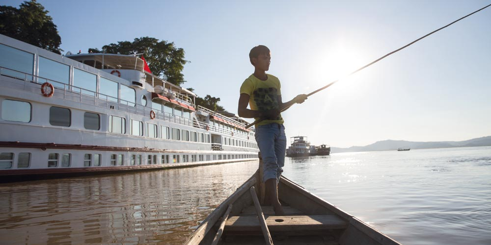 Belmond traverses the Irrawaddy