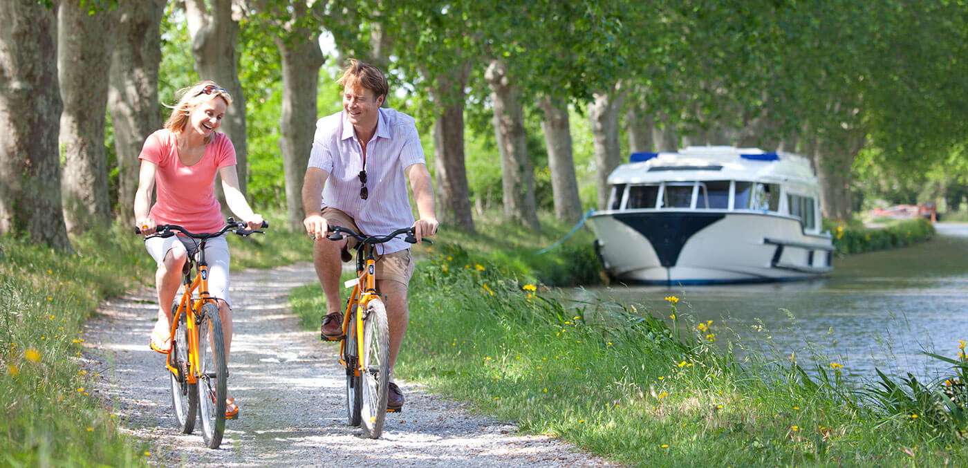 Le boat canal boat holidays France