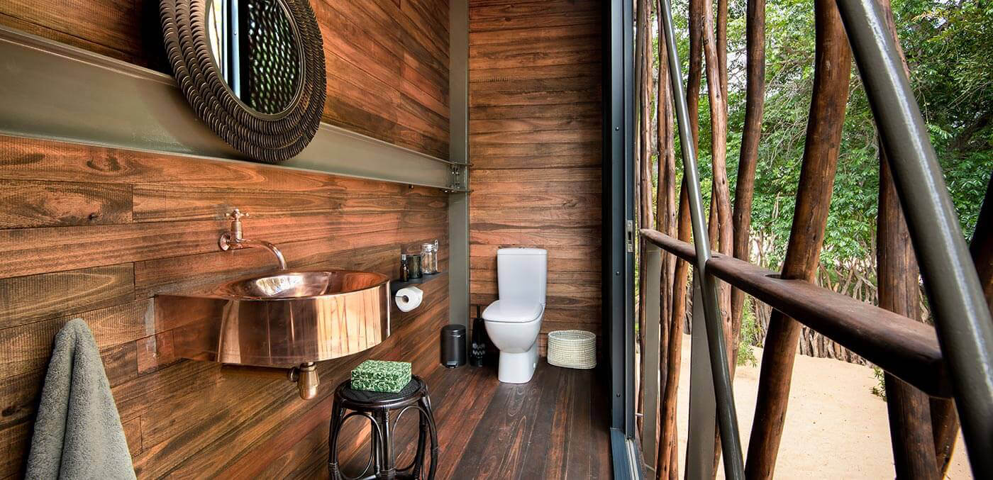 andBeyond Ngala Private Game Reserve toilet room