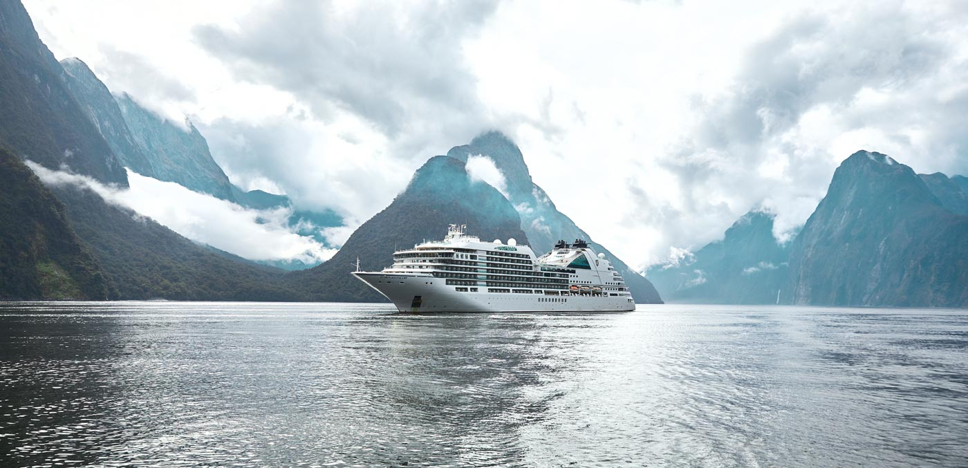 Save 10% on an ultra-luxury resort at sea - Signature Luxury Travel & Style