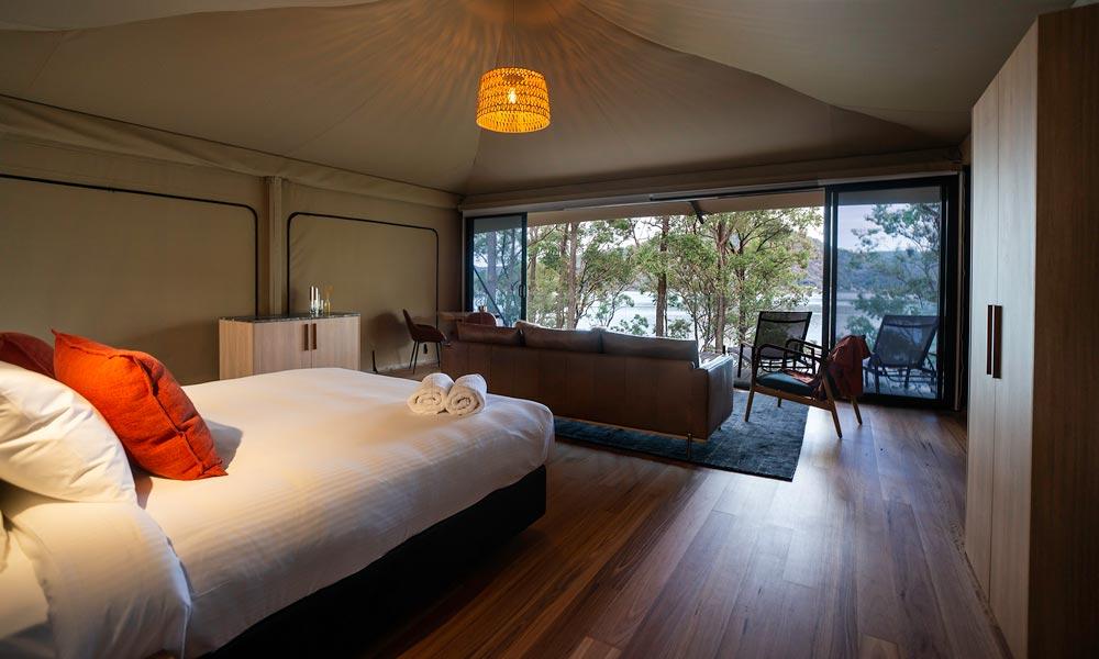Marramarra Lodge bed view