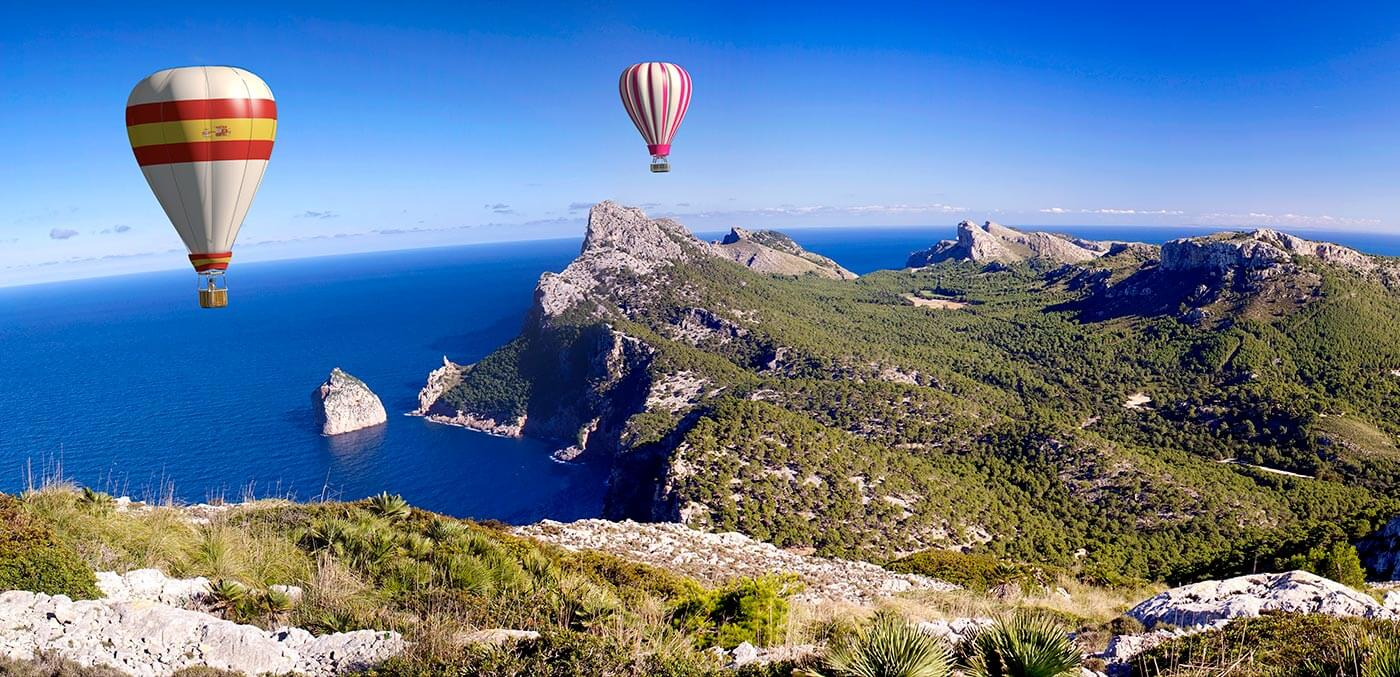 Hot-air balloons in formentor
