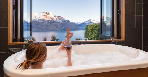 Relaxing in the bath at Azur Luxury Lodge