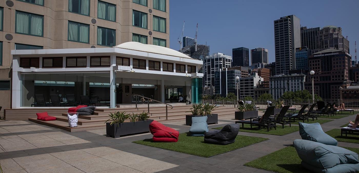 The Langham, Melbourne outdoor deck