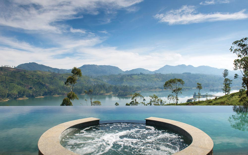 Dunkel bungalow pool at Ceylon Tea Trails