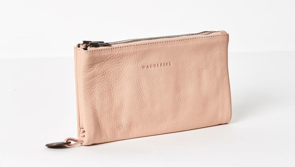 'Capri' clutch in blush