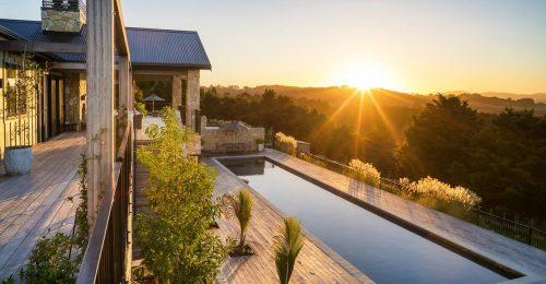 New Zealand luxury accommodation offers