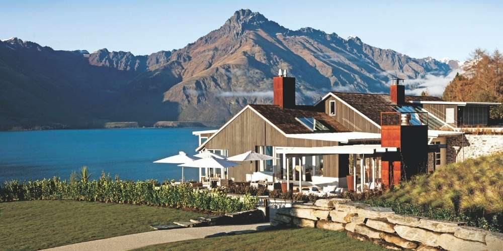 New Zealand Luxury Lodges private jet tour - Matakauri Lodge © Supplied by Captain's Choice