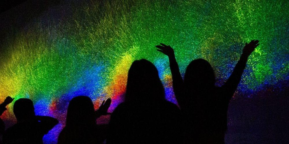 rainbow light artwork at vivid sydney 2021