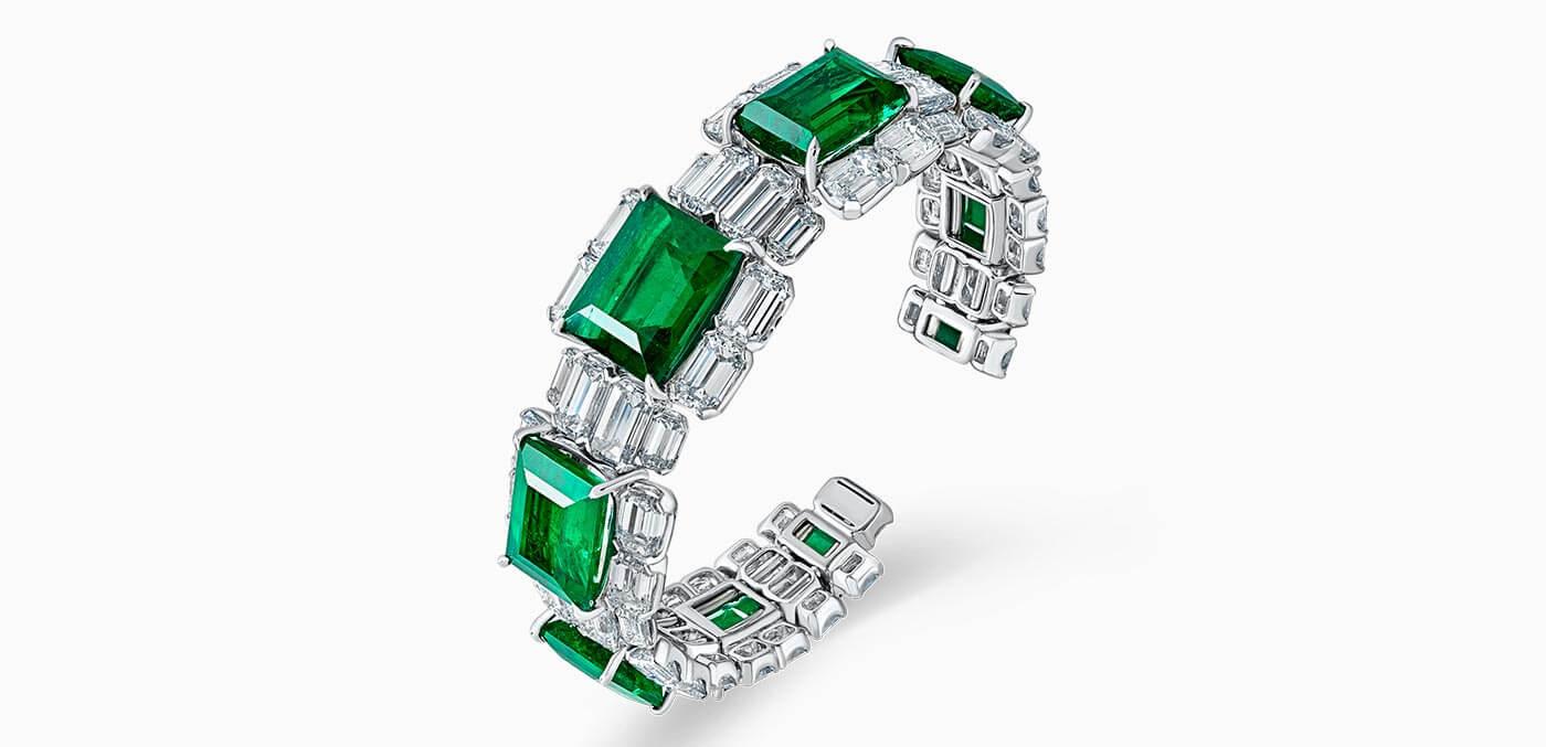 David Morris Important Emerald and Diamond Bangle' in white gold