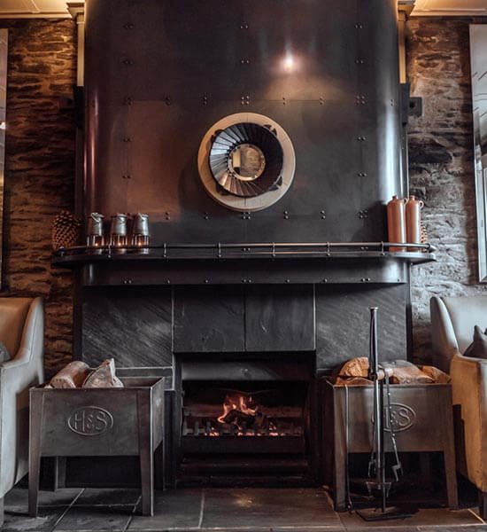 A cosy nook for cocktails at Eichardt's Bar