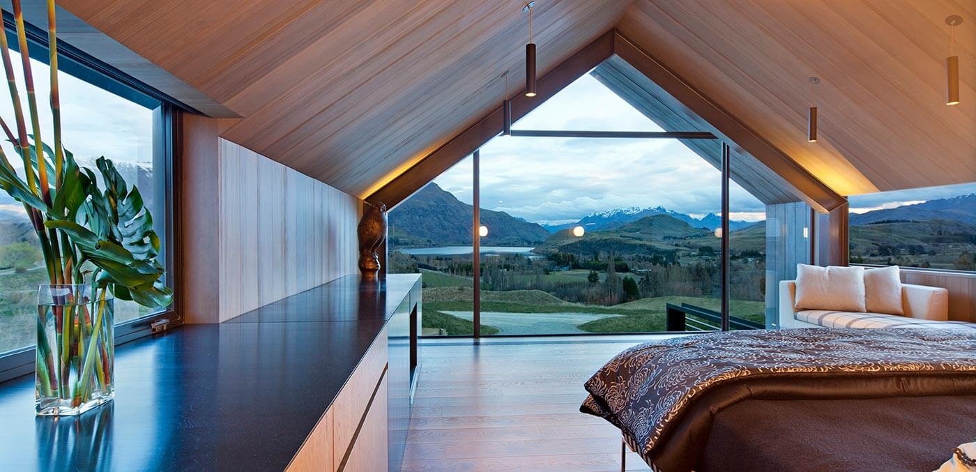 Master bedroom, Lodge at The Hills - touch of spice
