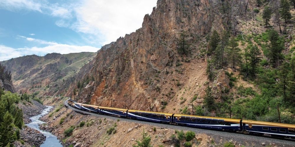 Rocky Mountaineer Red Rocks Route
