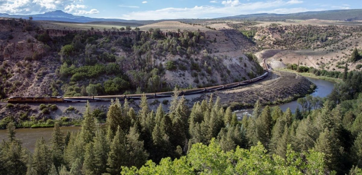 The Rocky Mountaineer Red Rocks Route